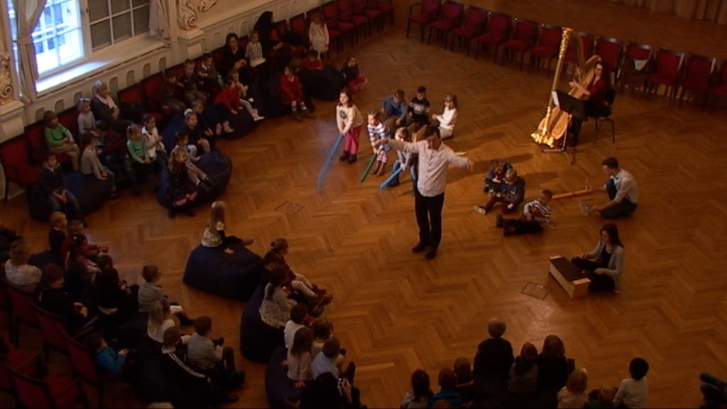 Slovenská filharmónia, cyklus HA (Hudobná akadémia), Filharmonická škôlka I, záznam z 8. 12. 2017, 10.00 h., 19. minúta
